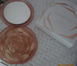 Huda Beauty N.Y.M.P.H. All Over Highlighter Rose Shaped Limited Edition In Box
