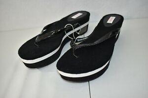Xhilaration Sandals Black Size 9 Platform Flip-Flops Women's