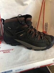 Keen Boots MEN'S TARGHEE II WATERPROOF MID Size 14