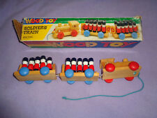 VINTAGE PLAYER MAKER WOOD SOLDIERS TRAIN TOY #494 NON-TOXIC AGE 4 & UP