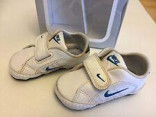 Nike UK 2.5 Primo Corte Tradizione morbida suola Carrozzina Scarpe da ginnastica EUR 18.5