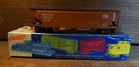 ROUNDHOUSE PROD. HO SCALE 3 BAY OFFSET HOPPER, BROWN BESSEMER B&LE #75404