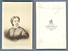 Reine du Potugal vintage carte de visite, CDV,  CDV, tirage albuminé, 6 x 10.5
