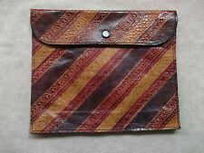 VINTAGE 50S 60S 70S EMBOSSED LEATHER DECORATIVE PATTERNED CLUTCH BAG HANDBAG