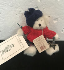 BABY MAE AND THE MAGICAL ORNAMENT Boyds Bear 2001, NEW with tags, booklet & star