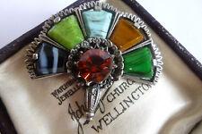 Vintage celta escocesa de varios colores con incrustaciones de diamantes de imitación de color ámbar de ágata Ventilador Broche