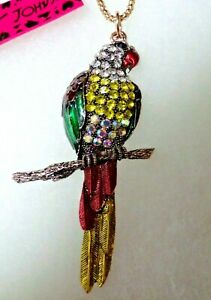 BETSEY JOHNSON CRYSTAL PARROT/BIRD NECKLACE WITH GIFT BOX