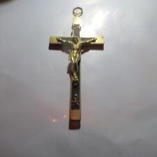 Moyenne croix avec Christ en laiton et métal peint en noir