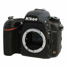 Fotocamere digitali D750