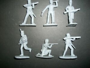 FIVE UNPAINTED 54MM NAPOLEONIC BRITISH RIFLES BY ARMIES IN PLASTIC