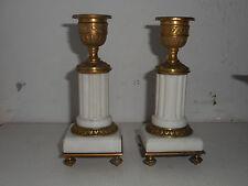 PAIRE DE PETITS BOUGEOIRS LOUIS XVI en bronze doré et marbre.Candlestick.