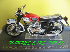 MOTO CLASSIQUE 1/24 TRIUMPH T 120 BONNEVILLE 1967  MOTORRAD MOTORCYCLE