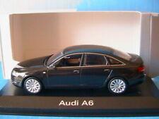 Voitures de tourisme miniatures noirs Audi