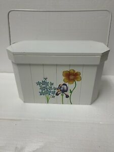 Decorative wood box with lid and handle
