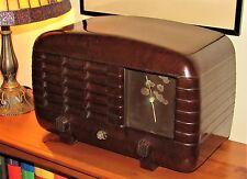1930's 'R.M Electric' Bakelite Valve Radio In Nice Art Deco Case. Nice Condition