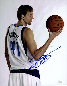 Dirk Nowitzki Signed 11x14 Photo JSA COA Autograph Auto #41 Photograph Mavs Mint