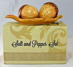 Cracker Barrel - Ceramic Acorn Salt & Pepper Shaker Set w/Plate - New in Box