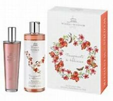 Woods of Windsor Pomegranate & Hibiscus 100ml EDT and 350ml Shower Gel Gift Set