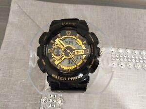 Orologio da polso uomo digitale e al quarzo modello 2