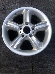 BMW 1 Series 5 Spoke Alloy Wheel 7Jx16 ET46 1096138-6 Refurbished In Silver