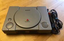 Sony Playstation 1 SCPH-1002 mit 2 Controllern, 4 Spielen