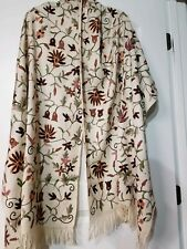 Crewel Embroidered Shawl. NWOT Ivory Wool  Stole with  Kashmir Embroidery. India