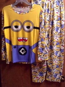 Despicable Me Minions Pajamas Set 2 PC Long Top Pant M L or XL* NWT Fits S-XL*
