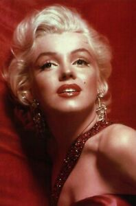 Marilyn Monroe Red Dress, 1953 Film How to Marry a Millionaire - Modern Postcard