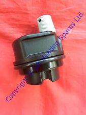 ARISTON E-COMBI 24FF 30FF 38FF & EVO FF AUTOMATICO AUTOMATIC air vent & Clip 65104703