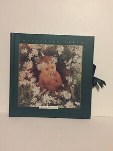 Anne Geddes Photo Album Daisy Baby - 12 pages total - 36 photos various sizes