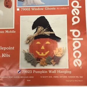 Mary Maxim * PUMPKIN WALL HANGING * Plastic Canvas Needlepoint Kit Halloween NEW