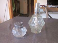 1 Vase Pique Fleurs ancien cristal Monture M A  et une ancienne lampe berger