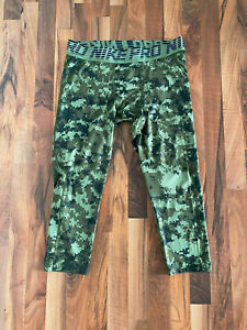 Nike Pro Hypercool | Men | 3/4 Shorts Tights | Größe XXL | Grün gefleckt | NEU