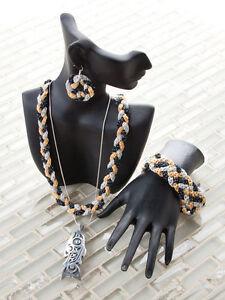 Create Uniquely Beautiful Jewelry Necklace Bracelet Earring Crochet Pattern Book