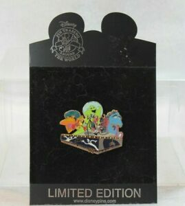 Disney Shopping Store LE 250 Pin Nightmare Before Christmas Mardi Gras Float