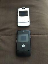 Motorola 2 Cell phones Razr V3 Black And Silver Gsm Telephone