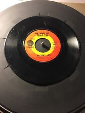 Peggy Lee, Me And My Shadow / Is That All There Is, Capitol  45 Record
