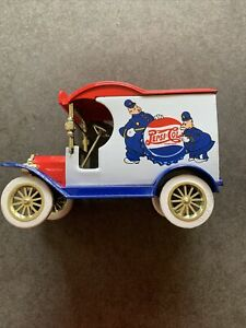 Gearbox Toy Pepsi Cola Ford 1912 Delivery Car Coin Bank Die-Cast Metal 1:24