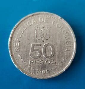 1988.  Republic of Colombia Commemorative Centenary Constitutional Coin.  🏦.