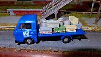 HO 1:87 camion CLF Costruzioni Linee Ferroviara con casse e fusti, plastico FS