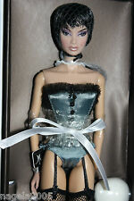Fashion Royalty~LA BELLE DU SOIR~Kyori Sato Close-Up Doll~wig~Pompadour Col~NRFB