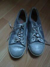 Chaussures gris pour fille de 2 à 16 ans Pointure 38