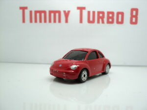 VW VOLKSWAGEN NEW BEETLE IN RED  MAISTO 75 MM LONG 8
