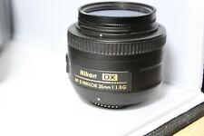 Nikon Nikkor AF-S DX 35 mm F/ 1.8 G + Hoya Filter