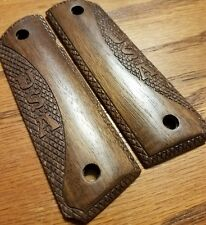 Full size 1911- Government- Commander Walnut Wood Grips, USA - United States