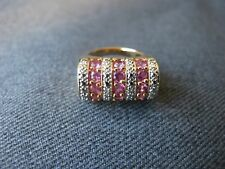 Fuchsia faceted stones golden 925 sterling silver ring Marked China R size 7
