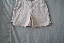 Women's  shorts by Gloria Vanderbilt size 14 Pink in color RN 89628