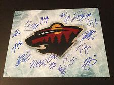Zach Parise Minnesota Wild 2012-13 Team Signed Auto 11x14 Photo COA