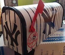 NEW YORK YANKEES MAiLBOX shirts~ hats