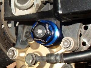 BLUE 6mm Swingarm Spools - R1 R6 R3 FZ1 FZ8 FZ9 MT09 MT10 FZ10 RSV4 675 675R 821